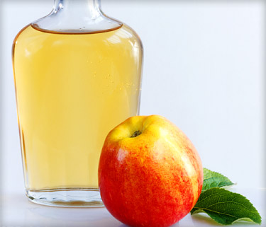 Scratch and Peck non-gmo raw apple cider vinegar
